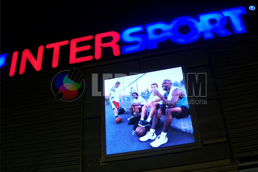 Outdoor LED screen, Intersport (Barnasud – Gavà -, Barcelona)