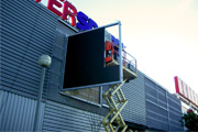 pantalla led intersport